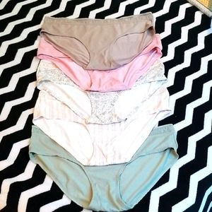 NWOT 5 Pairs of Lucky Underwear